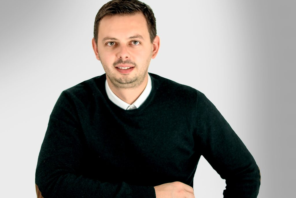 Catalin Iordache is the product person with an advanced knowledge of print manufacturing.